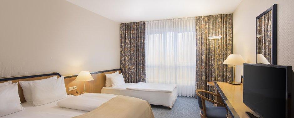 Standard Plus Zimmer mit Zustellbett